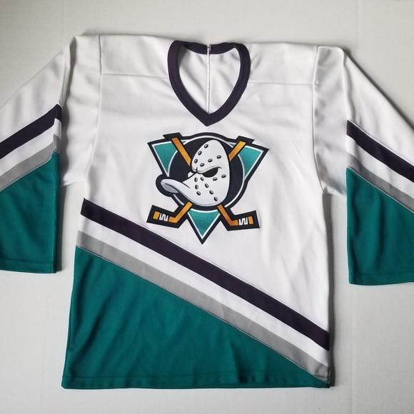 brand new 3f1d4 44526 Vintage CCM Anaheim Ducks Sewn Jersey